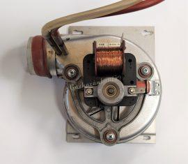 AEG GST 243 Turbó Ventilátor